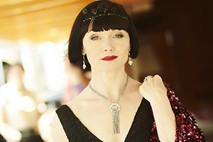 2014_12_02-mfmm_0810-ep7_game-set-murder_miss-phryne-fisher-essie-davis_sml-300x200